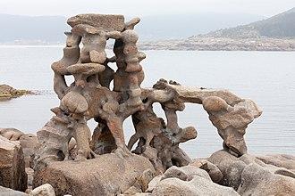 Manfred Gnädinger - Sculpture by Man