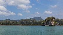 2016 Prowincja Krabi, Widoki ze statku płynącego na trasie Ao Nang - Ko Lanta Yai (04).jpg