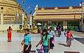 2016 Rangun, Pagoda Botahtaung (40).jpg
