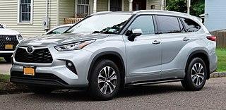 2020 Toyota Highlander XLE AWD, front