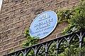 221b Baker Street Plaque (34286441830).jpg