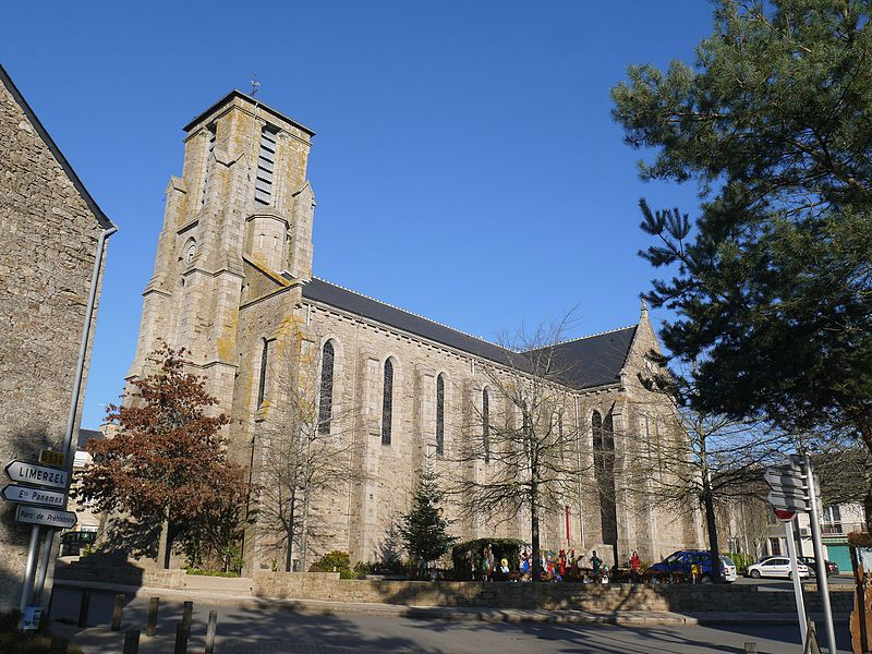 L'église Saint-Pierre-ès-Liens.