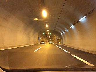 Motorway 1 (Greece) - Image: A1 Motorway tunnel near Agios Konstantinos