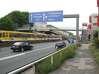 Bundesautobahn 40 - Stadtbahn stop Savignystraße, close to the Essen-Holsterhausen exit.