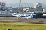 ANA Wings, DHC-8-400, JA852A (17351597762).jpg