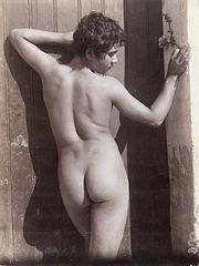 A Sicilian boy, posing naked by a doorway Wellcome L0034528.jpg