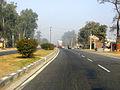 A view of Indian highway near Delhi 2009.jpg