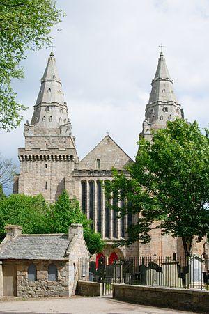 St. Machar's Cathedral, Westseite