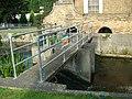 Acacia Hall Weir - geograph.org.uk - 897189.jpg