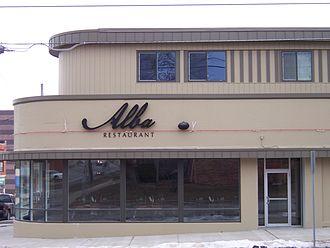 East Village (Des Moines) - Alba, one of numerous East Village establishments