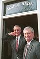Albert en Gerrit-Jan voor het AH Museum aan de Zaanse Schans.jpg