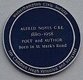 Alfred Noyes 1880-1958.jpg