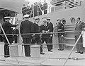 Amerikaanse Kruiser Columbus in IJmuiden inspectie erewacht, Bestanddeelnr 903-5183.jpg
