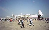 An-225 (Le Bourget 2001)-b.jpg