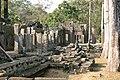 Angkor Thom-Bayon-08-2007-gje.jpg