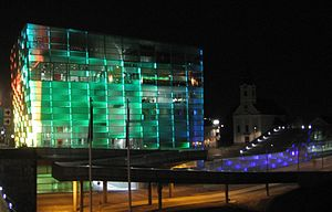 English: The renovated Ars Electronica Center ...