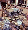 Asen and other ritual objects on sale in Porto Novo- Aseneja ja muita rituaaliesineistä torilla Porto Novossa (16655250878).jpg