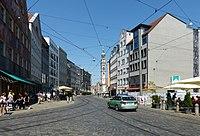 Augsburg Maximilianstraße Blick zum Perlachturm.jpg
