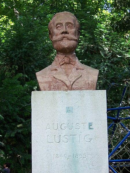 Datei:Auguste Lustig.JPG