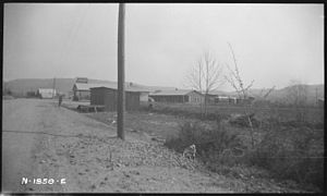 Aunt Lou's Boarding House (from road) - NARA -...