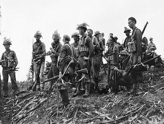 Battle of Pearl Ridge - Image: Australian 25th Inf Battalion before attacking Pearl Ridge December 1944 (AWM image 077895)