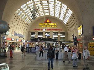 Karlsruhe Hauptbahnhof - Entrance hall