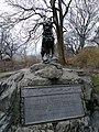 Balto memorial in Central Park.jpg