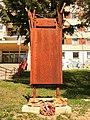 Banská Bystrica - pamätník na vojenský cintorín z 1. svet. vojny.jpg