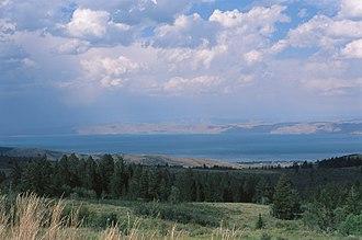 Bear Lake (Idaho–Utah) - Bear Lake on the Utah side from the lookout on US-Highway 89Agfa 100 slide film