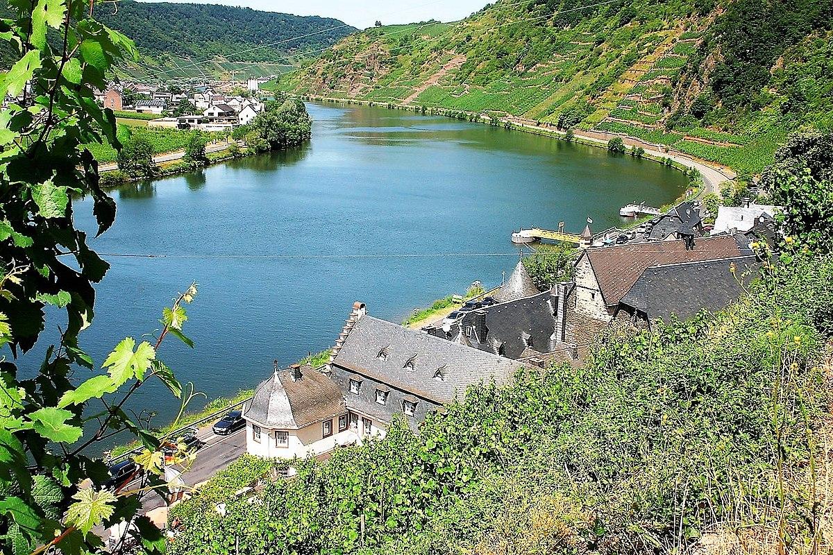 Watch The Following >> File:Beilstein an der Mosel (14), Rhineland-Palatinate ...