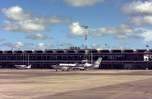 Aeroporto De Quelimane : Airports in mozambique