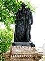 Benjamin Disraeli statue, Parliament Square SW1 - geograph.org.uk - 1324152.jpg
