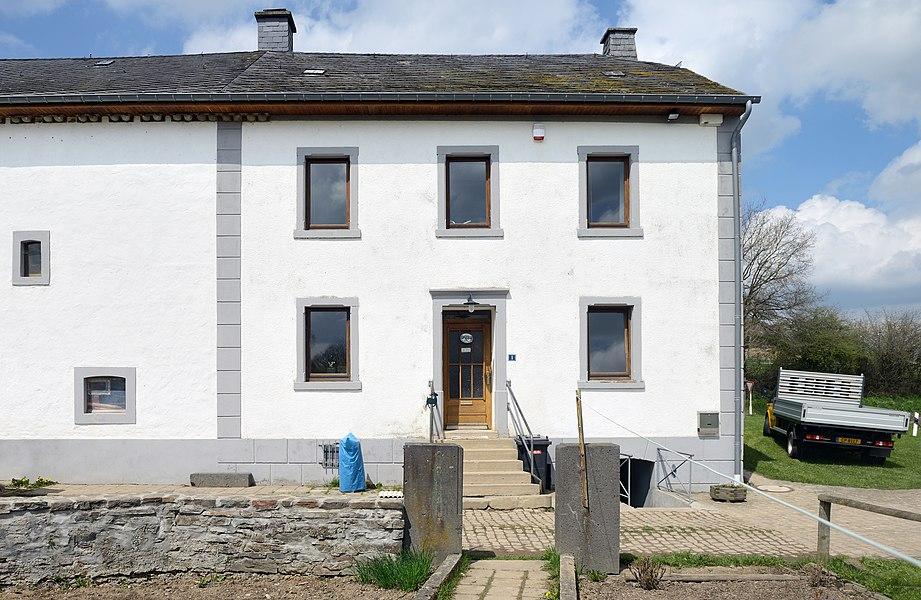 Luxembourg, Binsfeld: former farmhouse at 1, rue de Troisvierges. Seat of CNDS-Naturaarbechten.