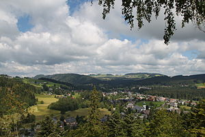 Breitnau - View over the Hinterzarten Plateau of the Breitnau Bowl and the valley of the Höllental (left)