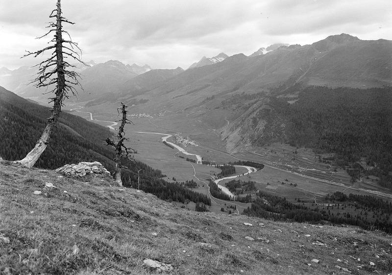 File:Blick ins Oberengadin - CH-BAR - 3241566.tif
