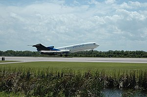 Boeing 727 aircraft owned by Zero Gravity Corp. (NASA) (475109232).jpg