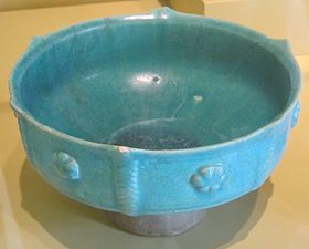 Bowl with rosettes from Iran, 12th century, glazed stone-paste, HAA.JPG