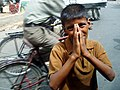 Boy begging in Agra.jpg