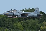 British Aerospace Strikemaster 82A '٤۲۵' (425 G-SOAF) (45355443064).jpg