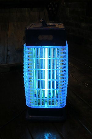 Bug zapper - Indoor bug zapper which can for example be used in a bedroom