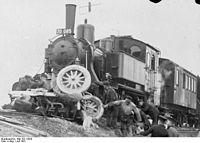 Bundesarchiv Bild 102-12020, Unfall an ungeschütztem Bahnübergang.jpg