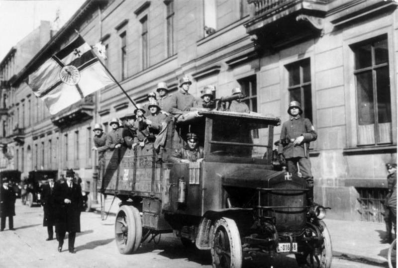 Bundesarchiv Bild 146-1971-091-20, Kapp-Putsch, Marine-Brigade Erhardt