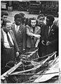 Bundesarchiv Bild 183-11228-0003, MAS Niemegk, Besuchergruppe aus Nigeria.jpg