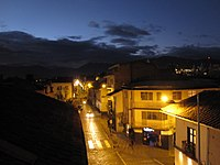 Calle Larga at night.jpg