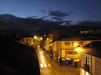 2009 Ecuador electricity crisis - Image: Calle Larga at night