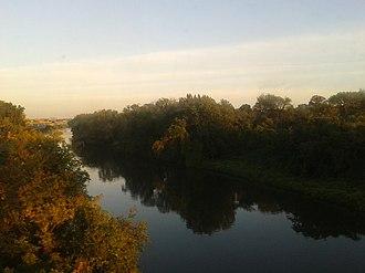 Cameron Run - Cameron Run seen from the Yellow Line of the Washington Metro, looking downriver towards the Potomac