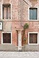 Capitello Bizantino in Rio San Silvestro Venezia.jpg