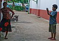 Caroline's photography class, Wan Smol Bag Youth Centre, Port Vila, Vanuatu, 15 April 2008 (2420693256).jpg
