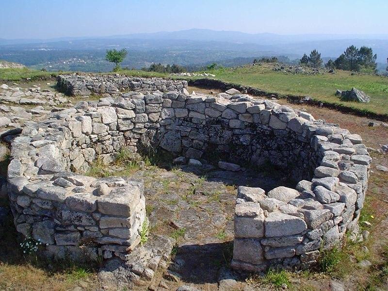 Casa circular croa San Cibrao de Las
