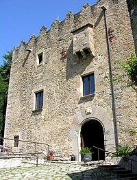 Castell de Montesquiu - 1.jpg